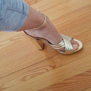 Brand new lulus shoes sandals  8.5